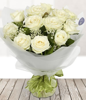 A Dozen white Roses from Every Bloomin Thing Florist Glasgow